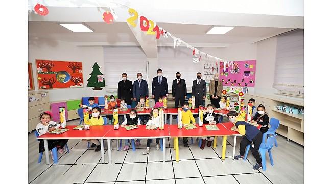 Şehitkamil'den öğrencilere 10 bin satranç seti